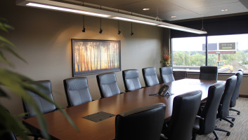 View Slide :: Horizon Financial Interior
