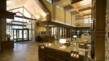 View Slide :: State Bank & Trust Alexandria Interior